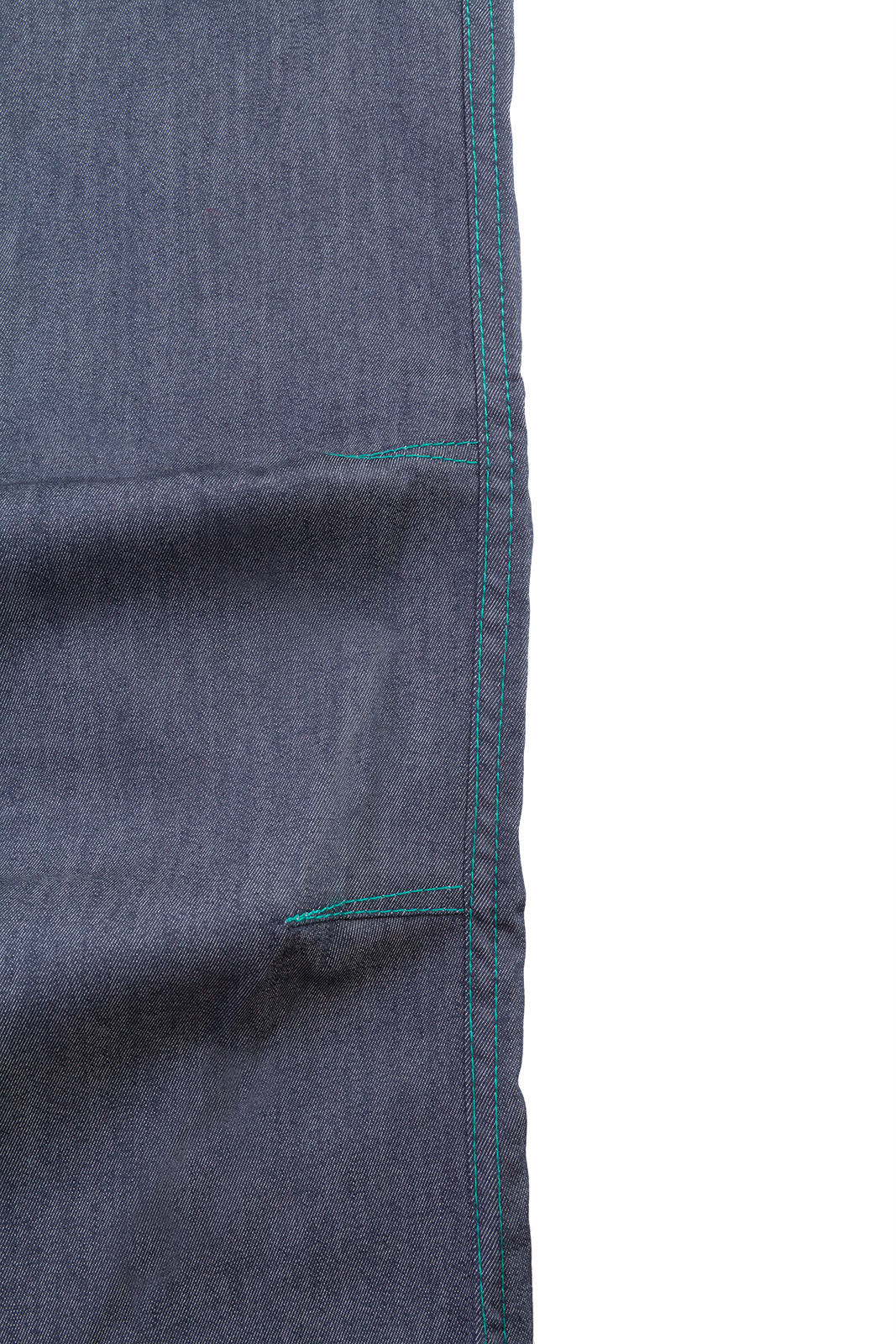 woman climbing jeans contrast turquoise stitching VIOLET Monvic